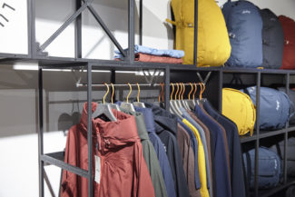 <p>For their Münich showroom, Swix Sport used GRID as shopfitting system. Black and white displays and podiums were customised with hangers, signage, cross-braces and shelves. As shop interior, the units are designed as free standing, wall standing or movable with castors.</p> <p>Client: Swix Sport<em><br /> </em>Location: MOC Münich, Germany</p>