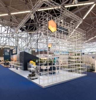 <p>Bosman van Zaal provide smarter and more sustainable agricultural and horticultural systems. At the Greentech Fair 2018 in Amsterdam the company introduced their new brand identity. Merkenbaar and VBAT in collaboration build GRID walls and room dividers that could elegantly showcase tech solutions and display the company's logo.</p> <p>Client: Bosman van Zaal, Aalsmeer<br /> Location: Greentech Fair Amsterdam, The Netherlands<br /> Design & corporate identity: VBAT<br /> Project realisation: Merkenbaar<br /> Photos: NIMAX Photography</p>