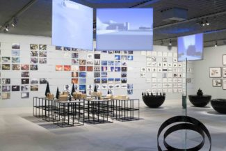 "<p>The exhibition ""Homecity"" in 2006 by artist Morten Stræde reflected his interpretation of the spaces where his life has developed. Black podiums presented the artistic cities.</p> <p><em>Client:</em> Arken Museum<br /> <em>Location:</em> Denmark</p>"